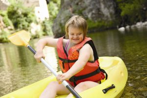 Girl paddling - be activities wise